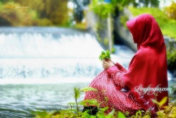 ilustrasi wanita shalihah
