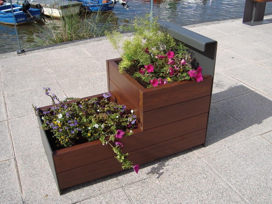 Manufacturas deportivas serie de mobiliario urbano accua for Mobiliario urbano tipos