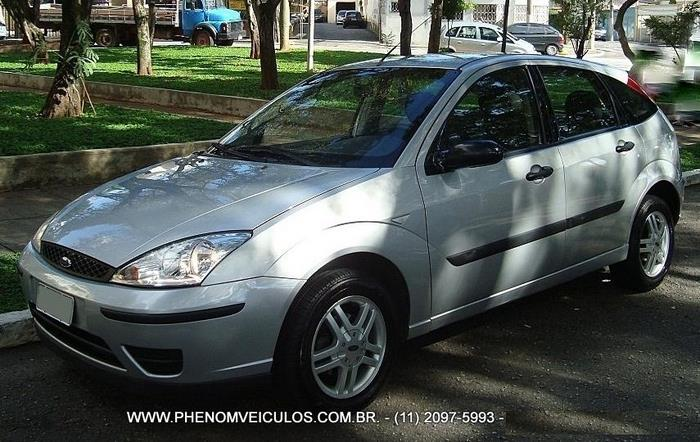 Ford Focus 1.6 GLX 2006 usado à venda