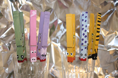 Clothespin+Cup+Clips+048.jpg