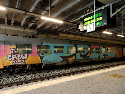 WholeCar graffiti