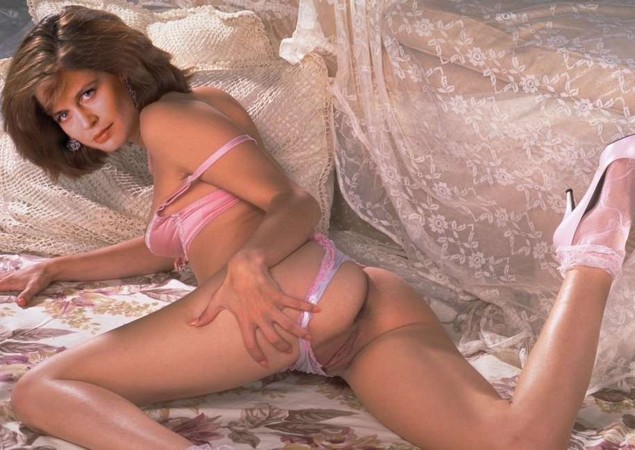 linda hamilton porn photos