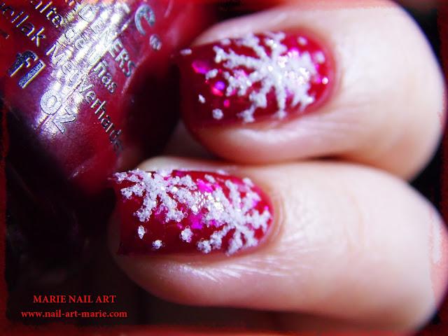 Nail Art de Noël Flocons de Neige4
