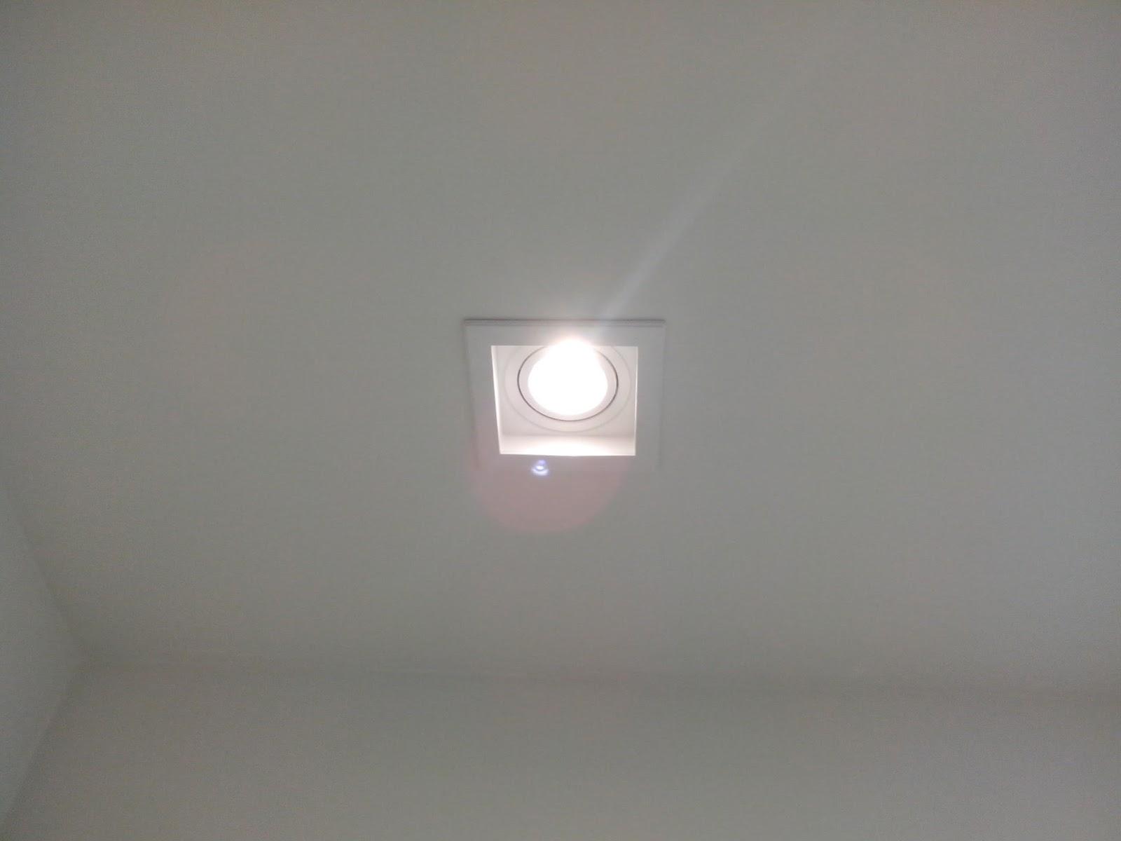 Reforma do meu apê Iluminação -> Spot Para Armario De Banheiro