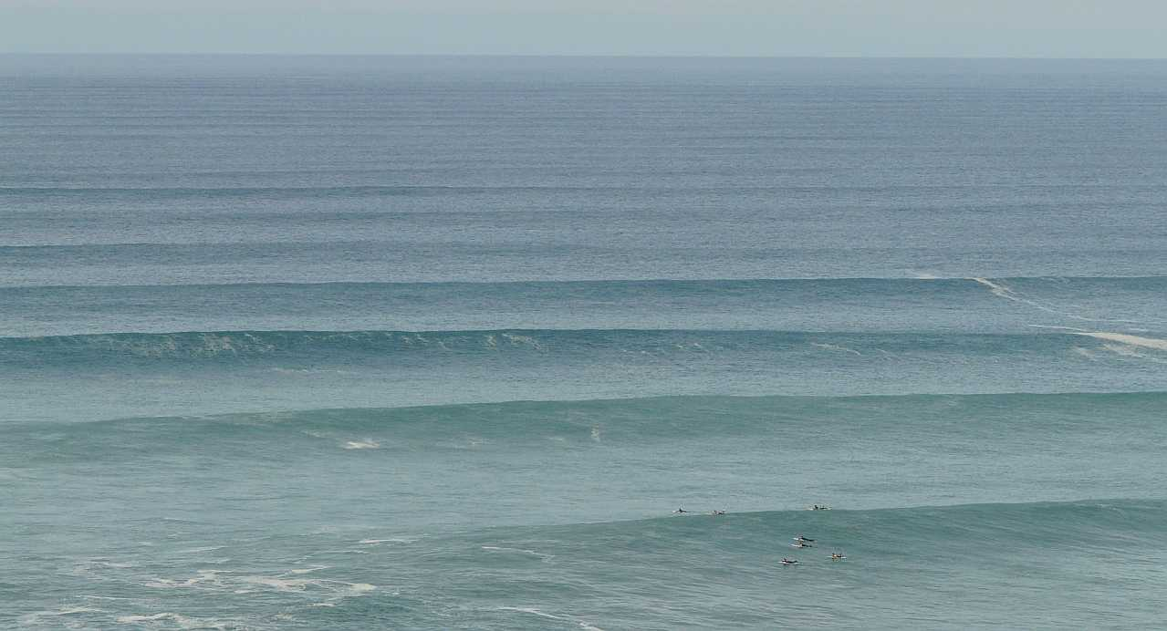 surf menakoz diciembre 2015 olas grandes 07