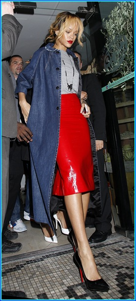 Rihanna Enjoys a Night out in Manchester