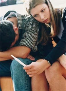 Masalah Kebidanan Komunitas Kehamilan Remaja