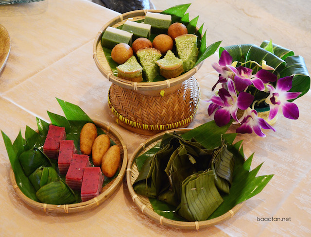Traditional northern kuih muih