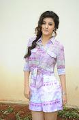 Isha Talwar glam pics-thumbnail-10