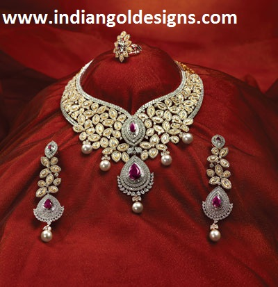Tbz Jewelry Designs http://www.indiangoldesigns.com/2011/10/gorgeous-diamond-jewellery-from-tbz.html