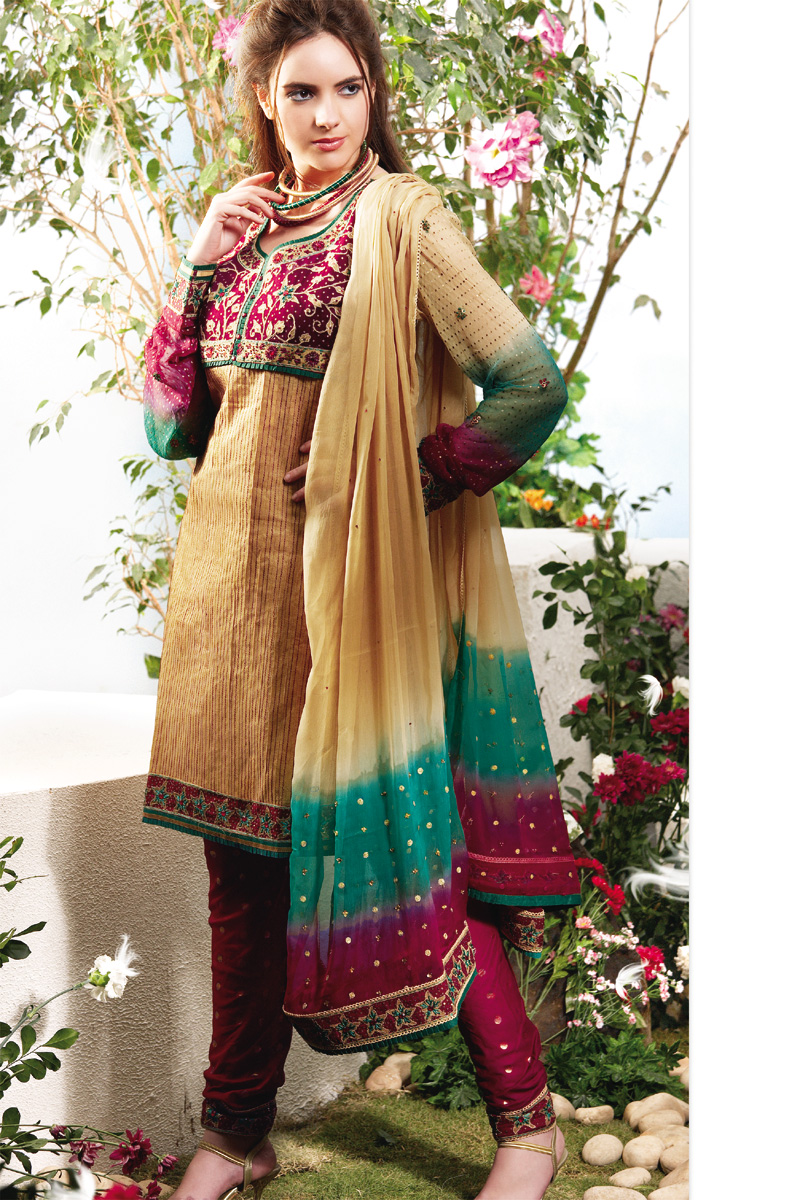 Beautiful Collection of Latest Fashion In Salwar Kameez Punjabi