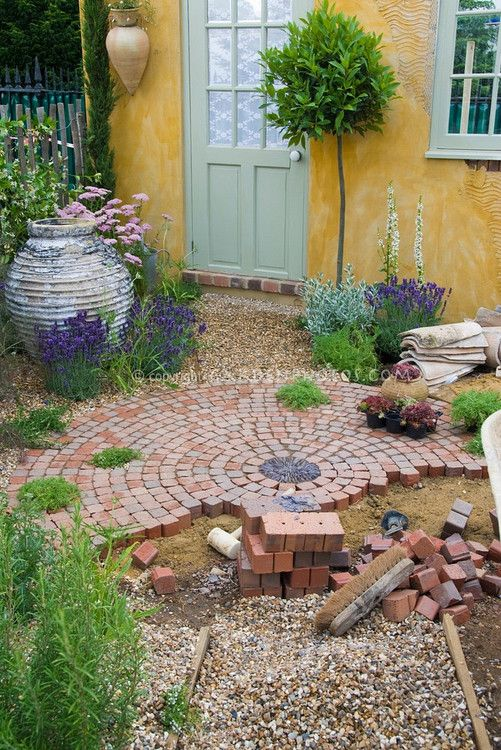 Reclaimed brick tile patterns from ordinary to for Quick garden design ideas