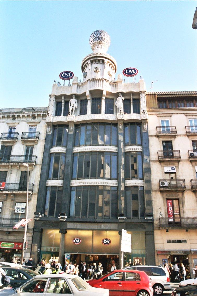 Los recuerdos de mi familia y mi barrio sta caterina 51 for Oficinas pelayo barcelona