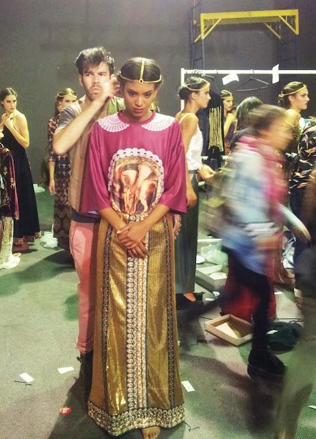 caro-criado-backstage-model-romina-dibartolomeo-desfile-