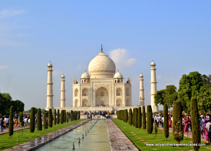India Taj Mahal The Symbol Of Eternal Love Lady Her Sweet Escapes