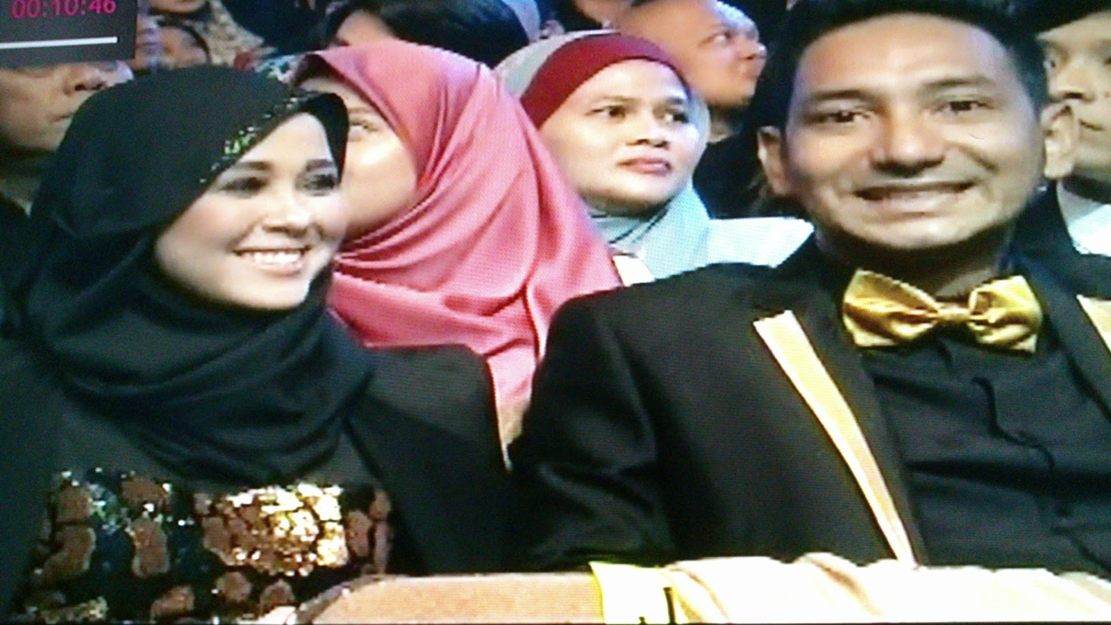 Anugerah Skrin 2014 : Emma Maembong dan Zizan Razak
