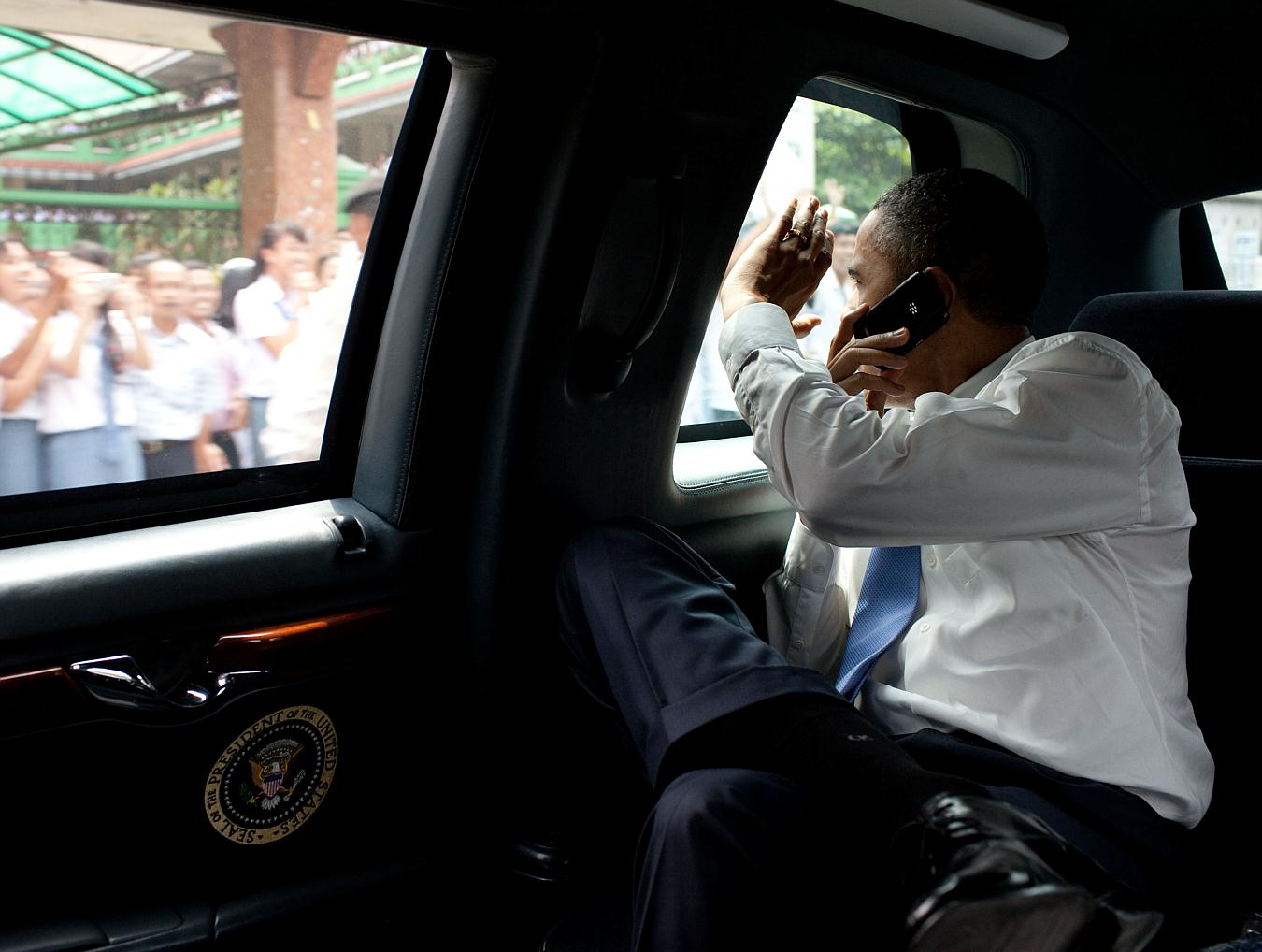 why obama can't use an iphone - tom's guide