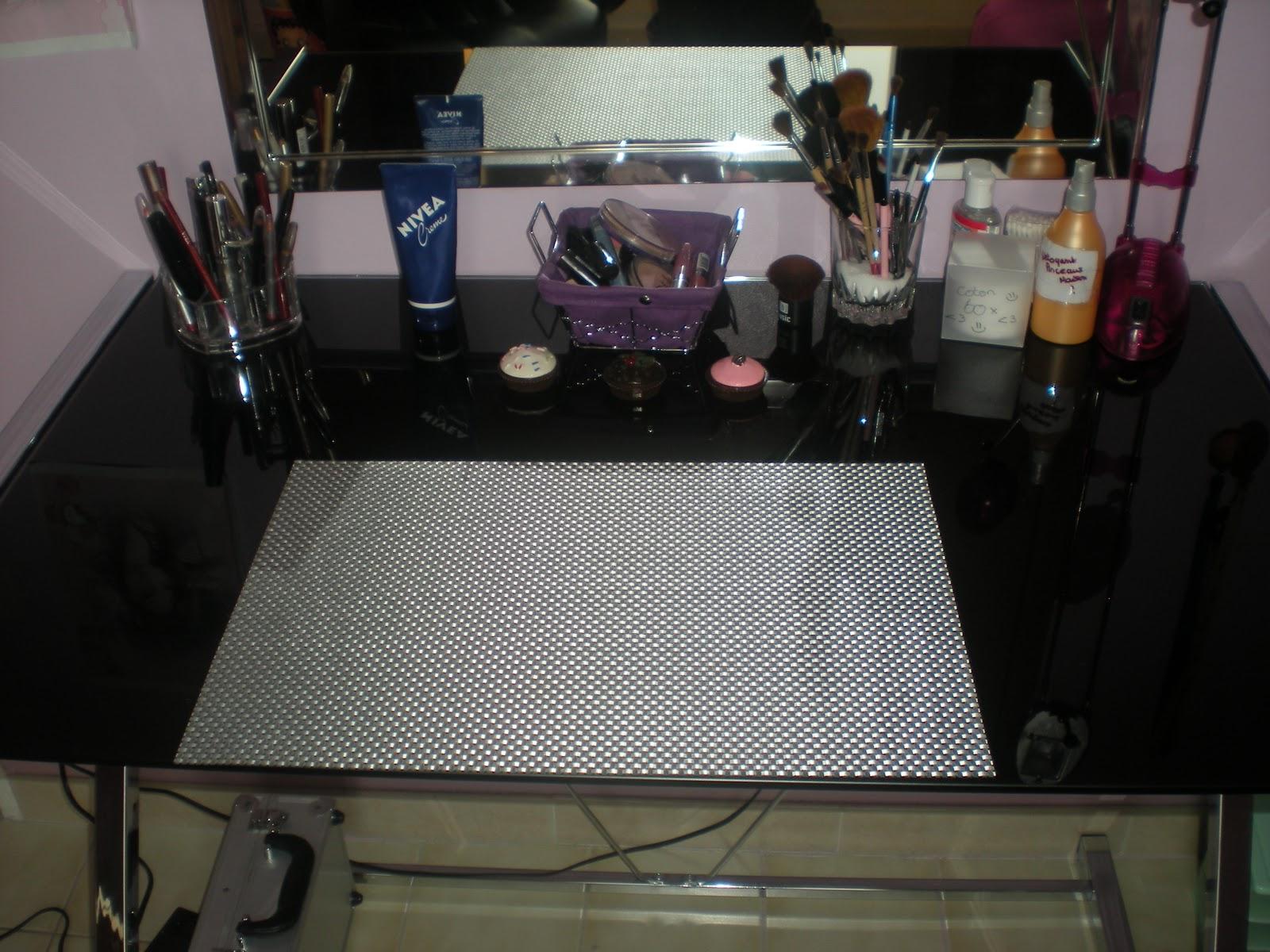 conseil beaut mon rangement maquillage. Black Bedroom Furniture Sets. Home Design Ideas