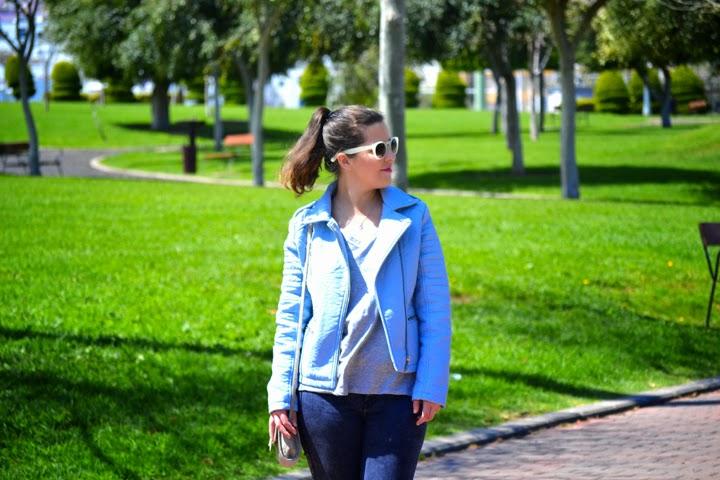 look_cazadora_azul_bebe_clon_zara_primark_bailarinas_leopardo_lolalolailo_03