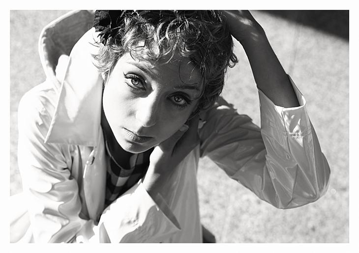 Portrait de la blogueuse mode das sheep, noir et blanc