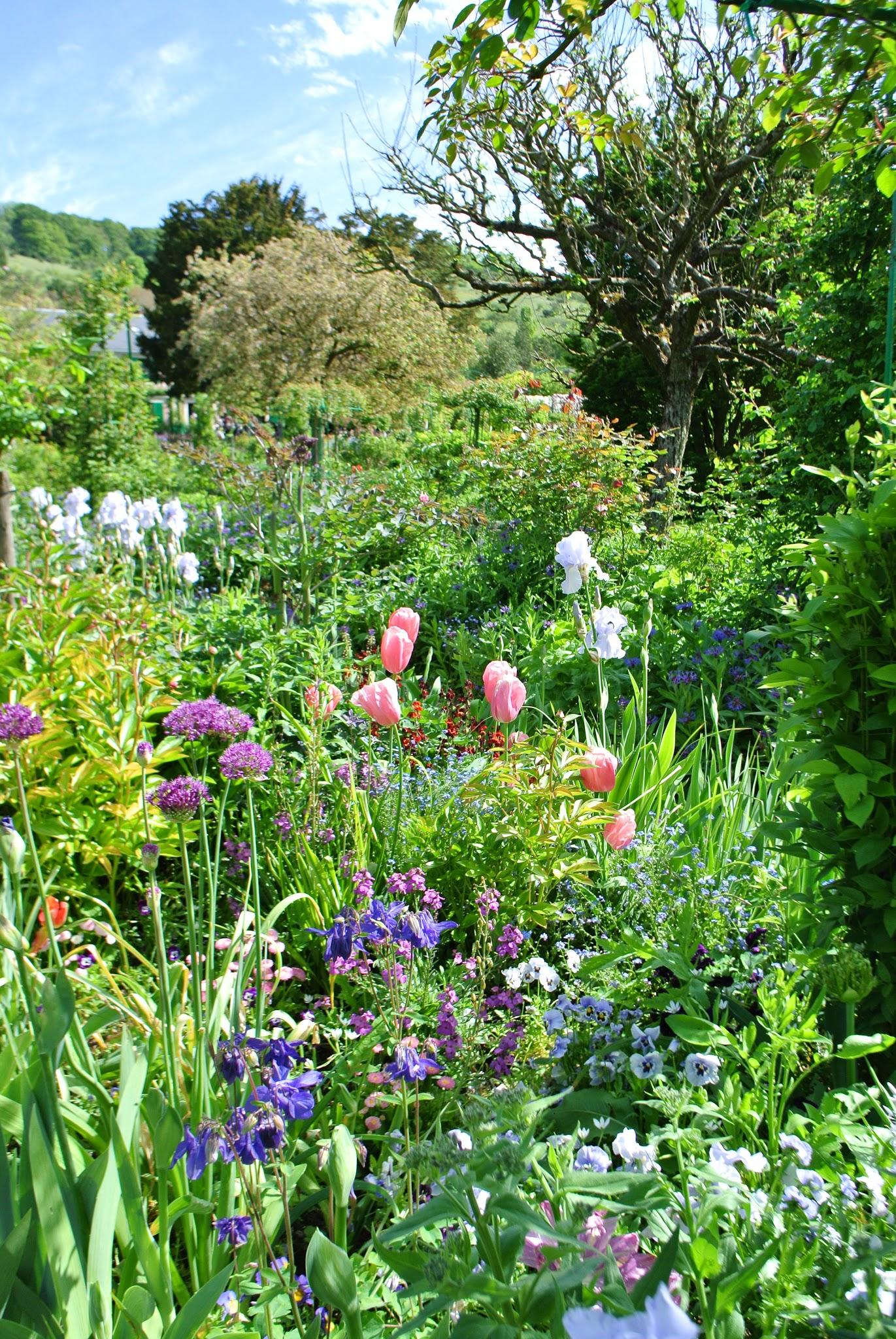 Le blog de Gabrielle Aznar La maison et les jardins de Claude