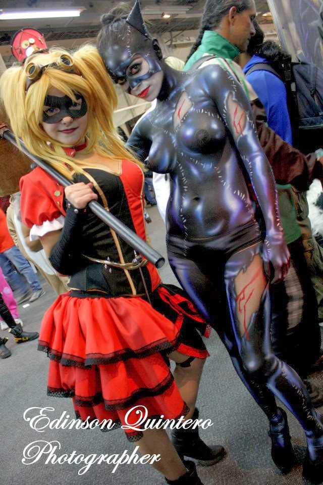 cosplay féminin D'harley Quinn et Body paint féminin très sexy de Catwoman