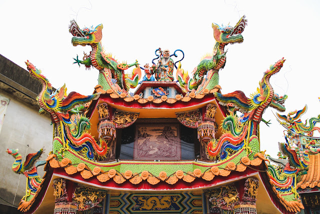 colorful dragons at a temple in Emei, Taiwan