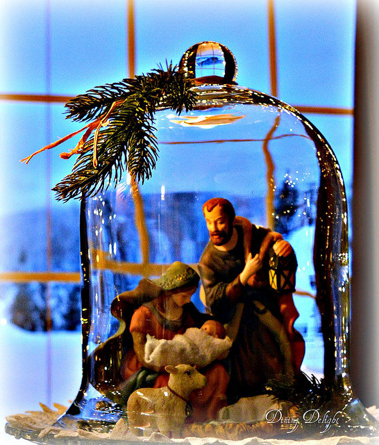 Cloche Nativity