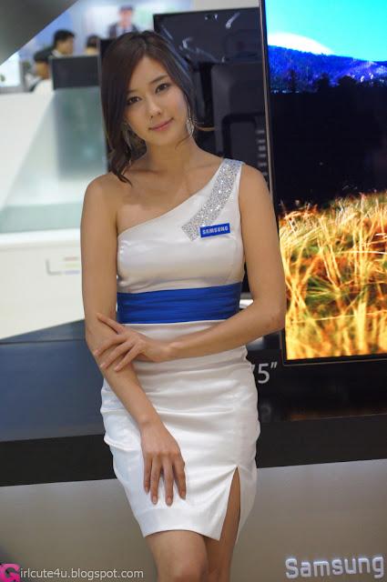 2 Kim Ha Yul - World IT Show 2012-very cute asian girl-girlcute4u.blogspot.com