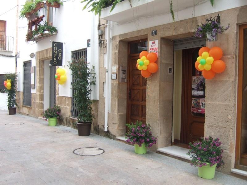 Decoraciones para fachadas fachadas de casas - Decoracion de fachadas ...