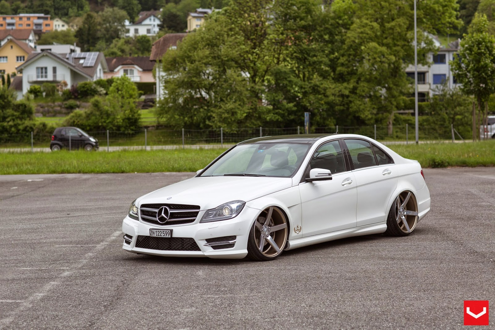 Supercars show mercedes benz c class on cv3 by vossen wheels for Mercedes benz c class wheels