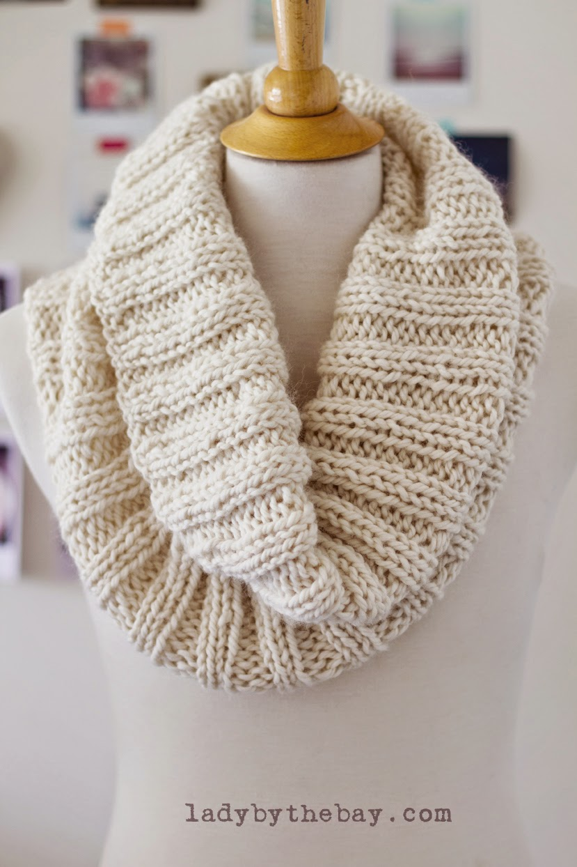 Knit Scarf Pattern Free Ribbed : Lady By The Bay: Cozy Ribbed Scarf Pattern
