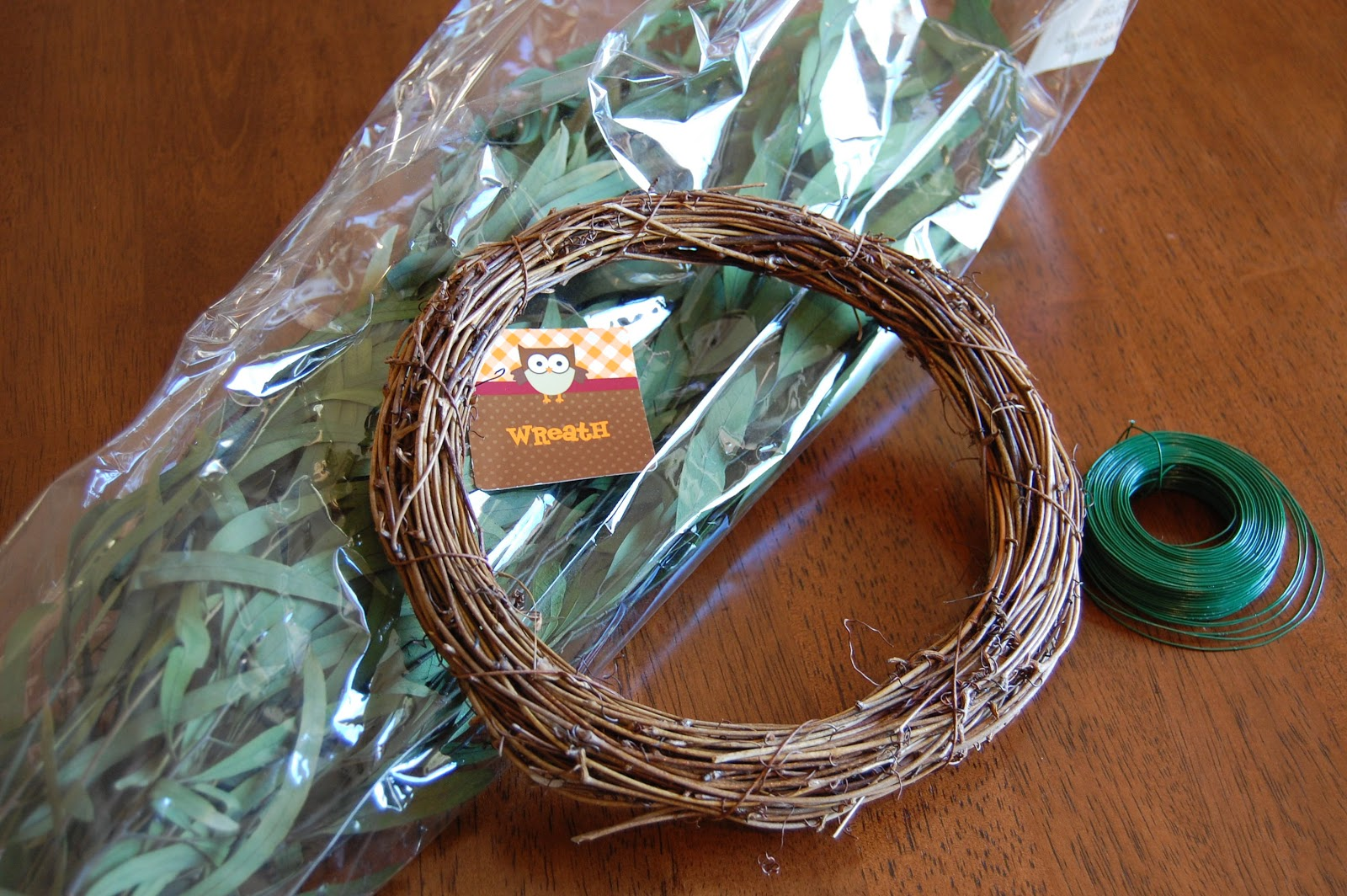 on the v side ballard inspired diy mini chair wreath for under 5 to make the wreaths simply take pieces of the eucalyptus and secure it around the wreath with the floral wire just use an old pair of scissors to cut the