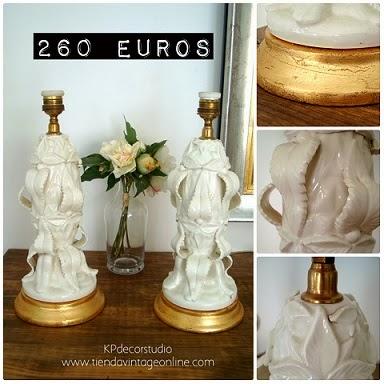 Pareja de lámparas manises blancas de cerámica valenciana
