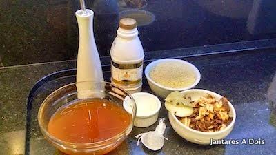 Ingredientes para a receita de macarrão de seu jantar a dois