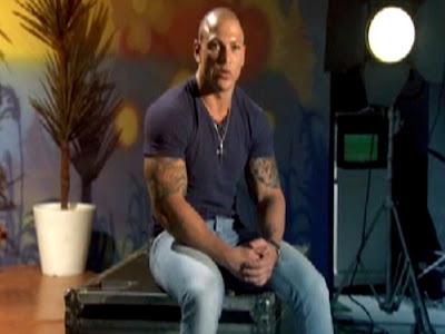 Conheça Rodrigo Simões, um dos participantes do novo reality show da Record