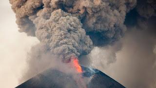 Unprecedented volcanic unrest around the world in 2016 1449096112418