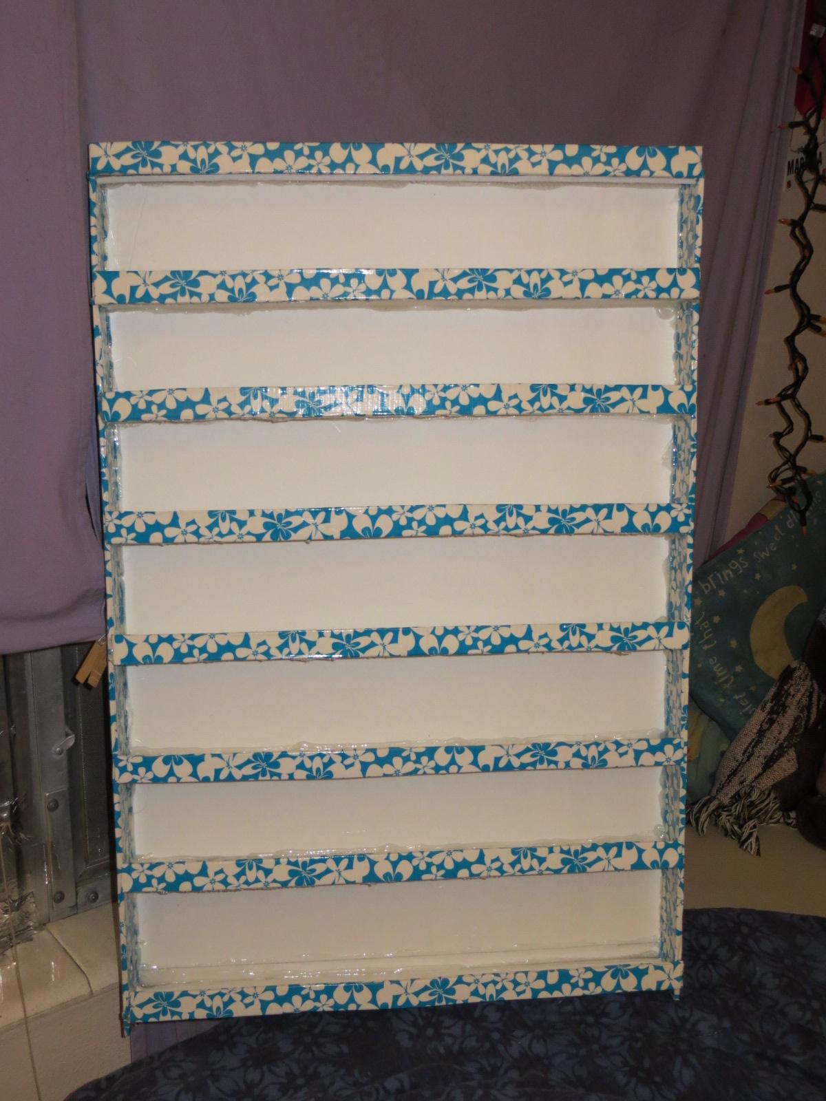 Polished Dezinez Addict: My First Ever DIY Foam board Nail Polish Rack
