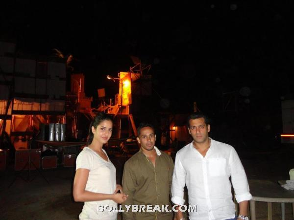 Salman and Katrina Ek Tha Tiger -  Salman and Katrina on the sets of Ek Tha Tiger (Thailand)