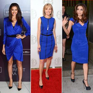 Vestido azul con q color de zapatos