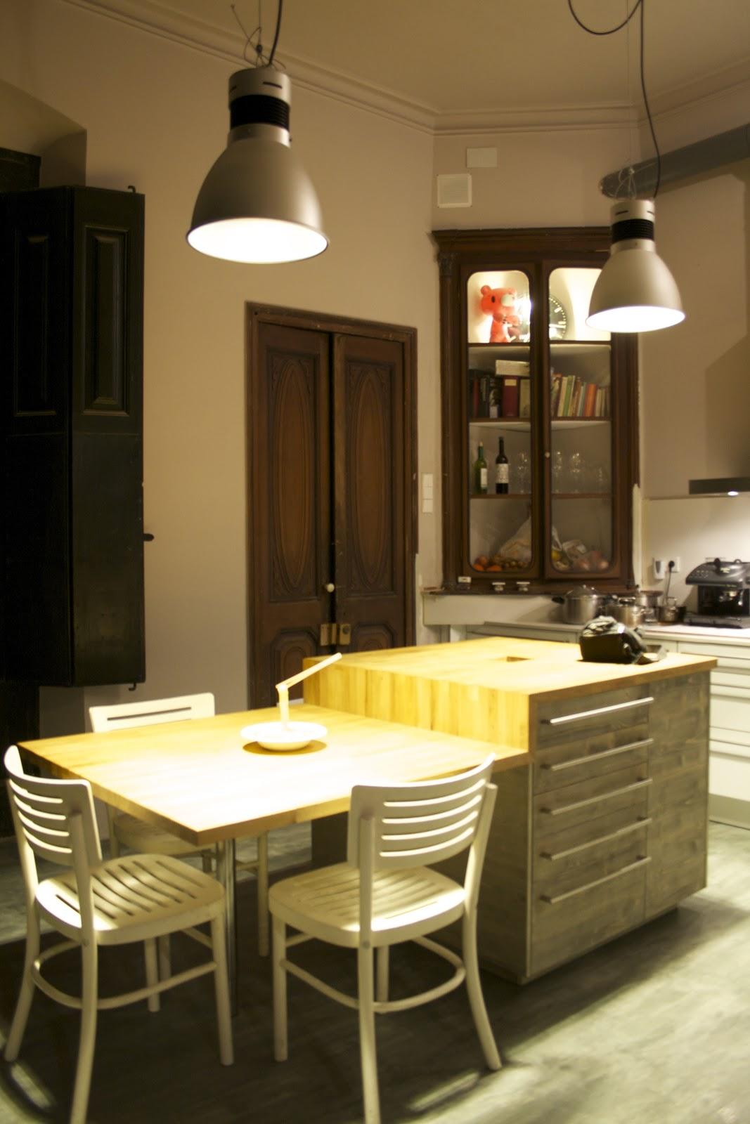 Atractivo Alfombras Bajo Mesa De La Cocina Ideas - Como Decorar la ...
