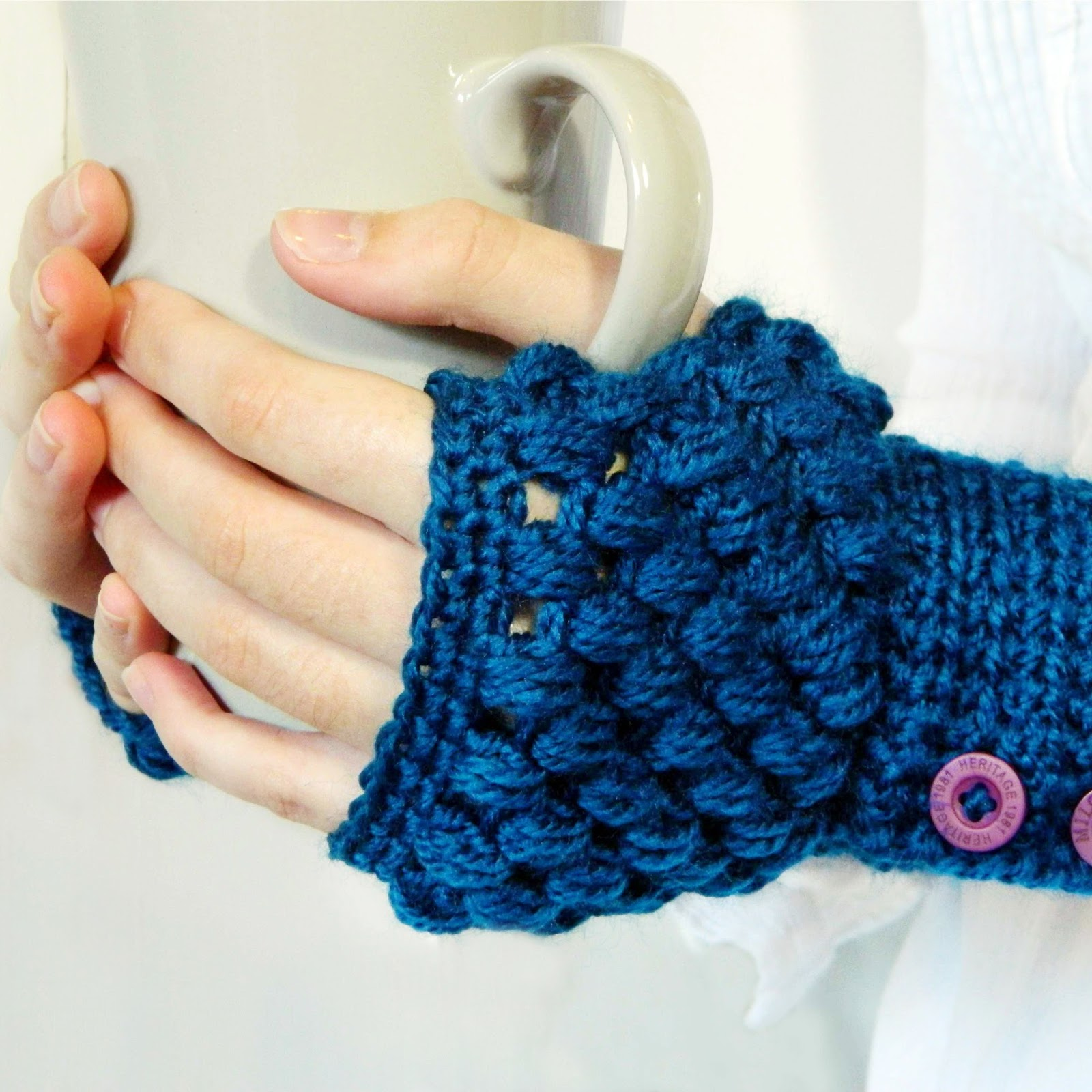 Crochet Patterns Gloves : ... Craft, Crochet, Create: Puff Stitch Fingerless Gloves Crochet Pattern