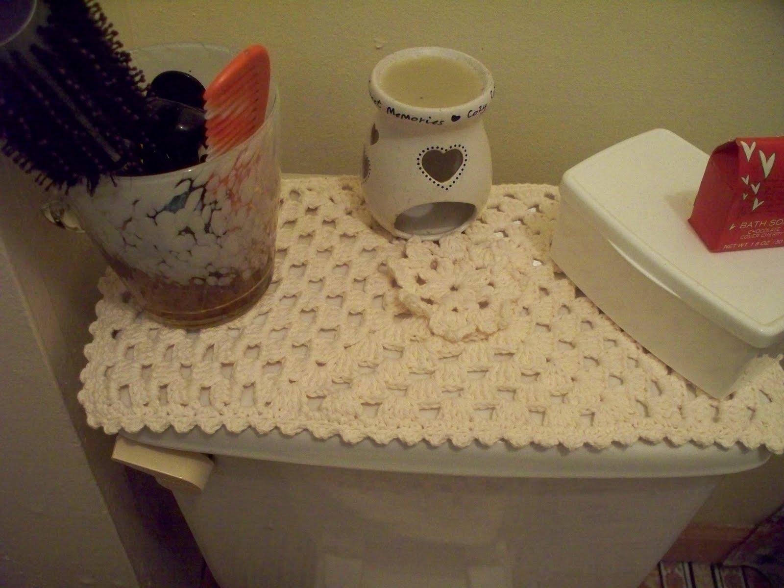 Tejiendo hilos y lanas conjunto para el bano a chochet for Estanque para bano