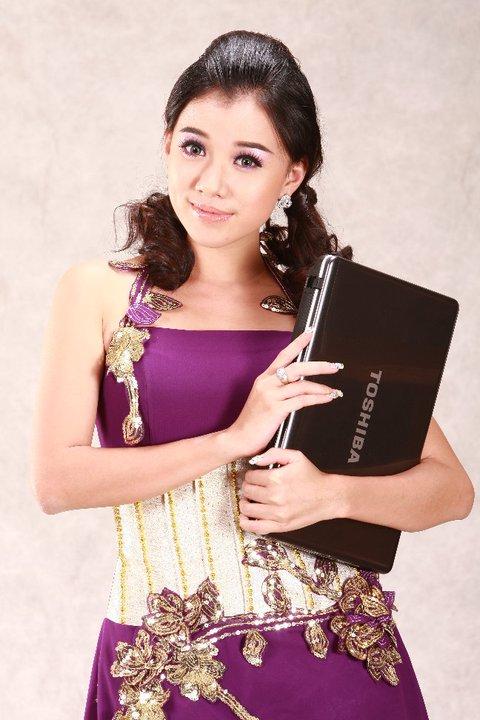 Myanmar Model and Actress, Ei Phyo Cherrys Fashion