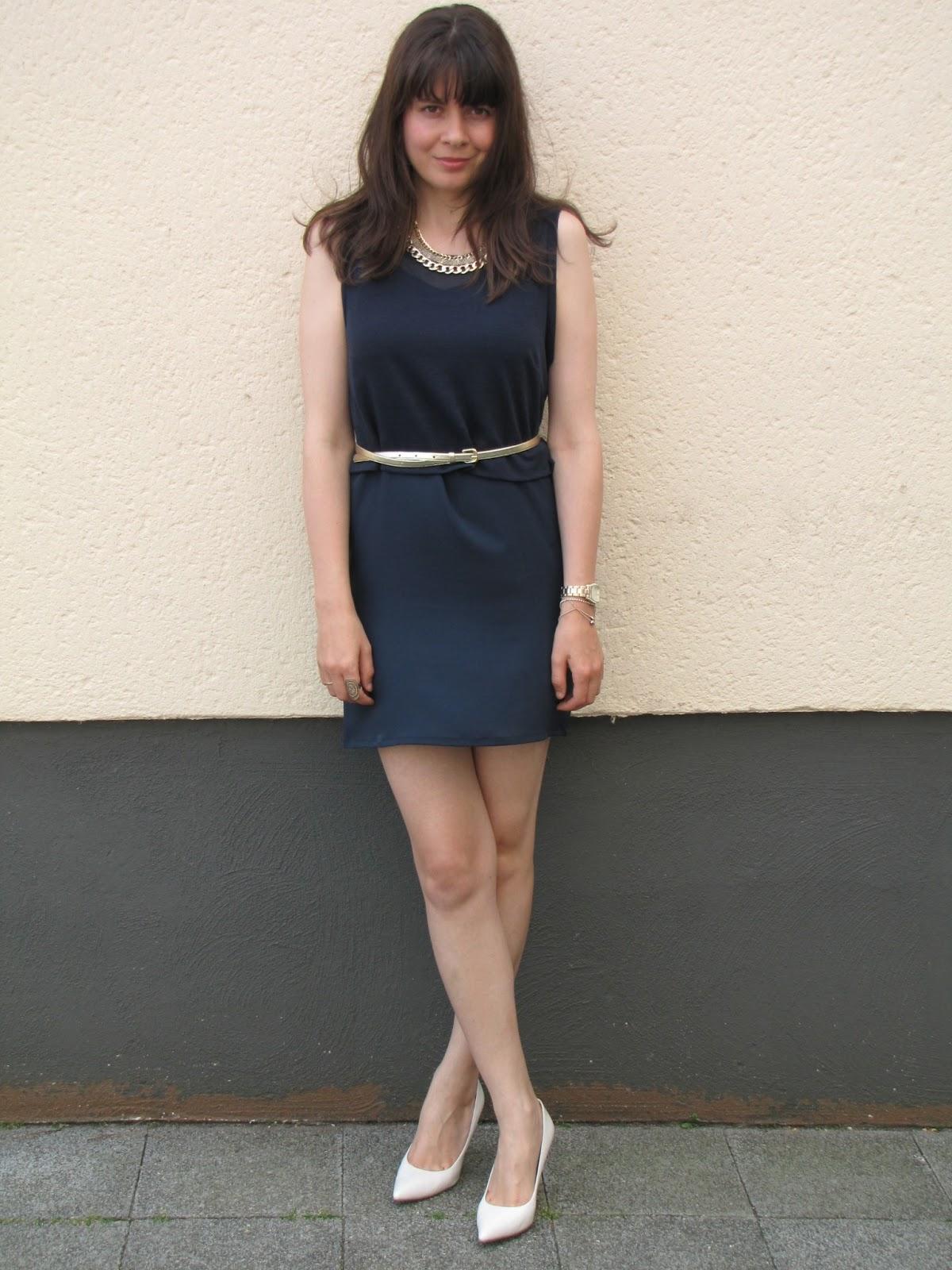 Dress Vila, watch fossil