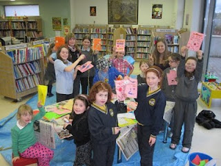 Valentine themed craft session at Scariff Public Library