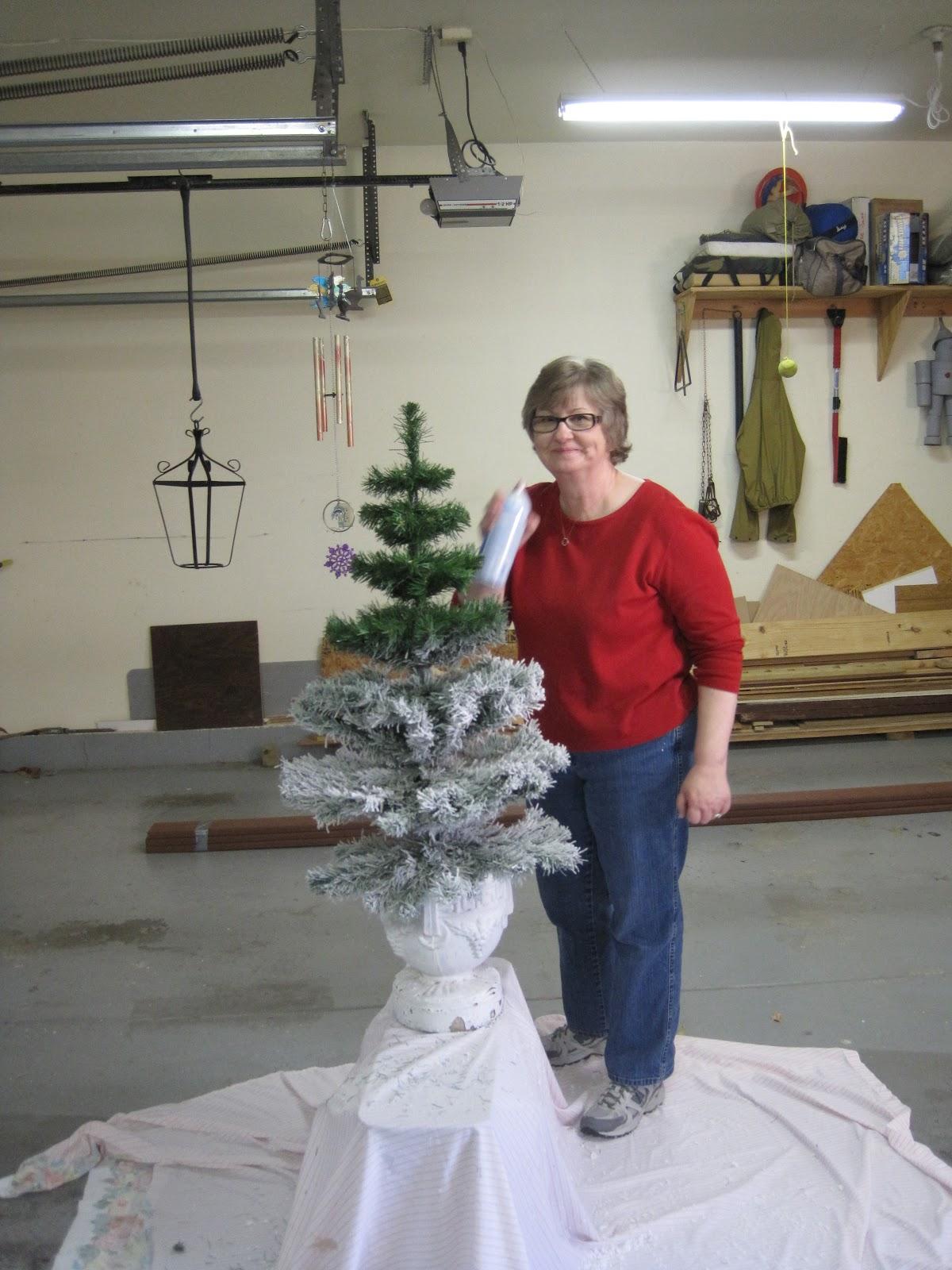 White Christmas Tree 9 Ft