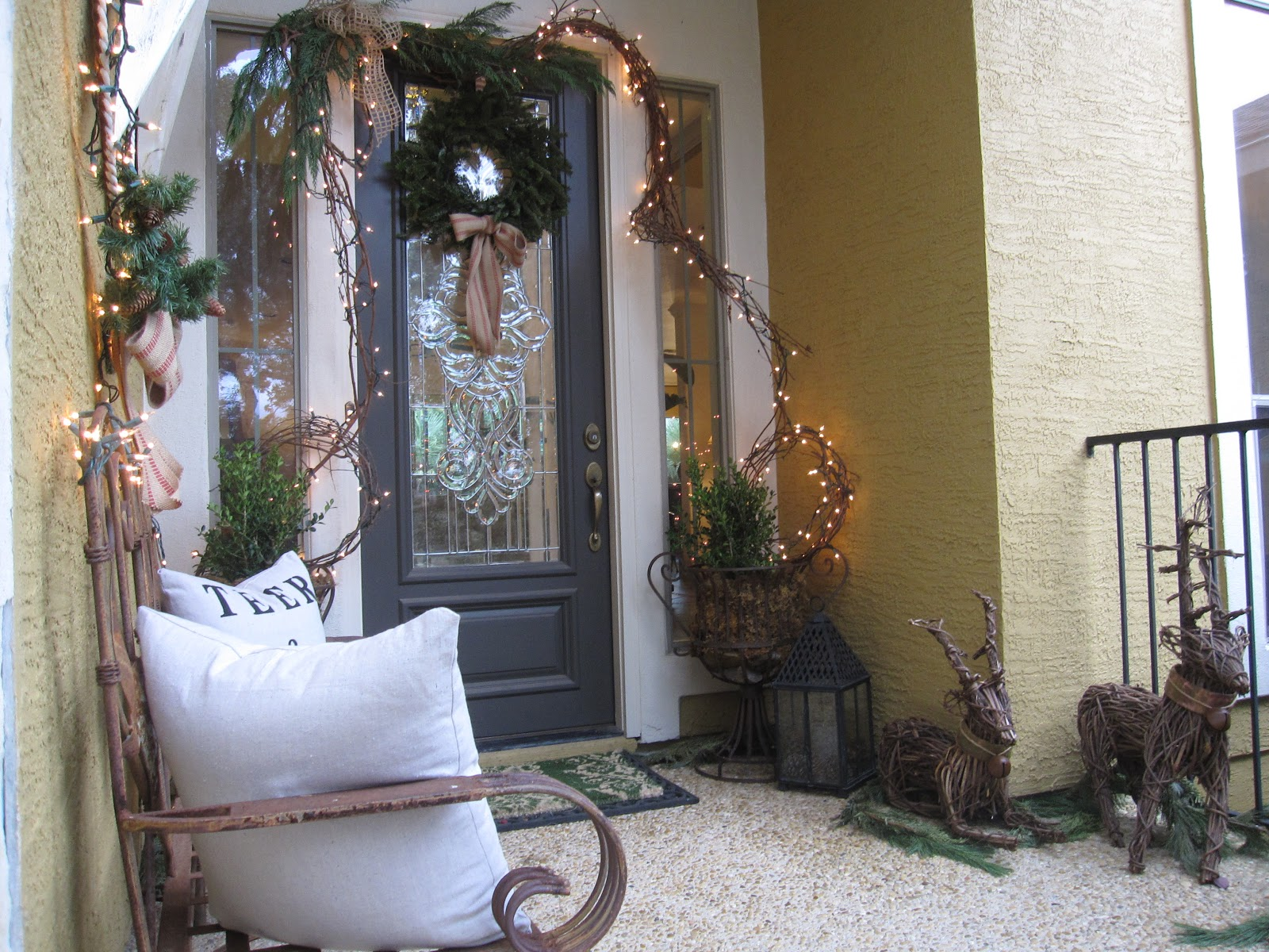 The decorating duchess a christmas decorating recap for Small front porch decorating ideas