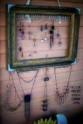 Vintage Jewelry Display Organizer