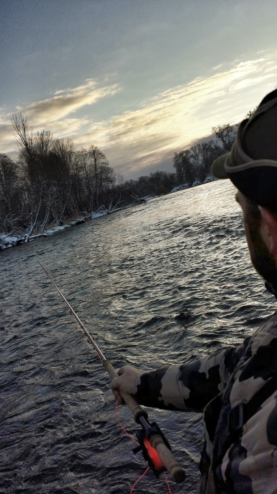 Rogue river and southern oregon fly fishing guide snow for Rogue river oregon fishing